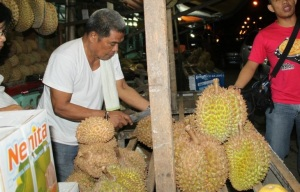 Davao = Durian. It's just wrong to skip it.